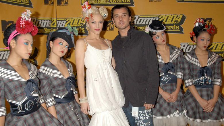 Gwen Stefani, Gavin Rossdale y las chicas Harajuku