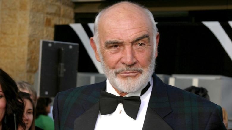 El actor Sean Connery en esmoquin