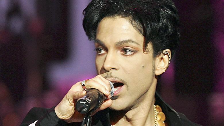 Príncipe cantando