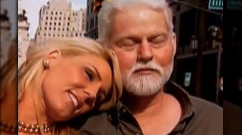 Gretchen Rossi y Jeff Beitzel posando para una foto