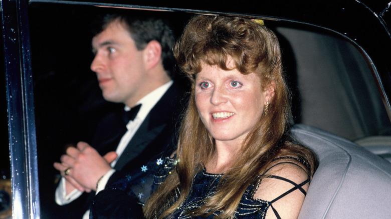 El príncipe Andrew con Sarah Ferguson embarazada
