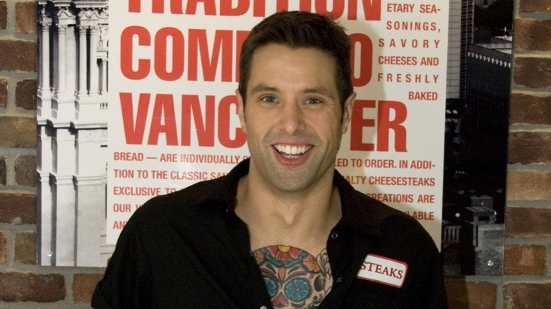 Anthony Sedlak sonriendo
