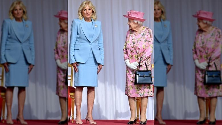 Dr. Jill Biden y la reina Isabel sonriendo