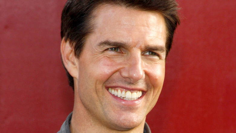 Tom Cruise sonriendo