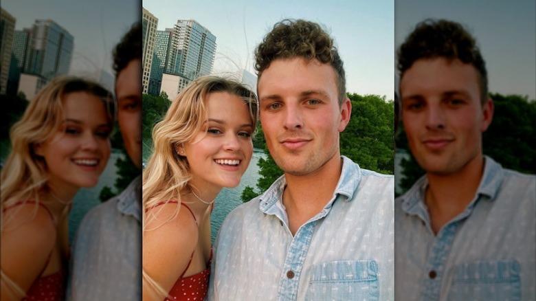 Ava Phillippe se toma una selfie con su novio Owen Mahoney