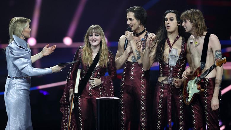 Maneskin gana el trofeo en el Festival de la Canción de Eurovisión