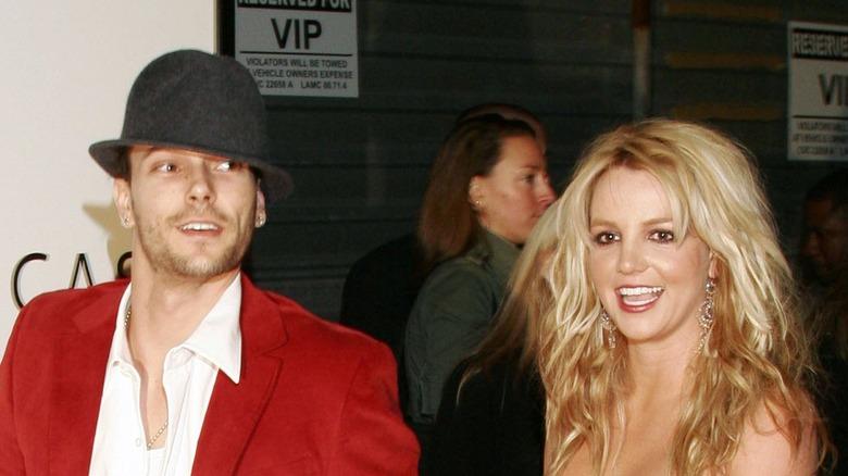 Kevin Federline y Britney Spears en la alfombra roja