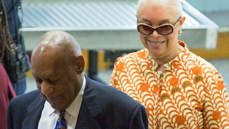 Bill Cosby y Camille ingresan a la corte en 2018