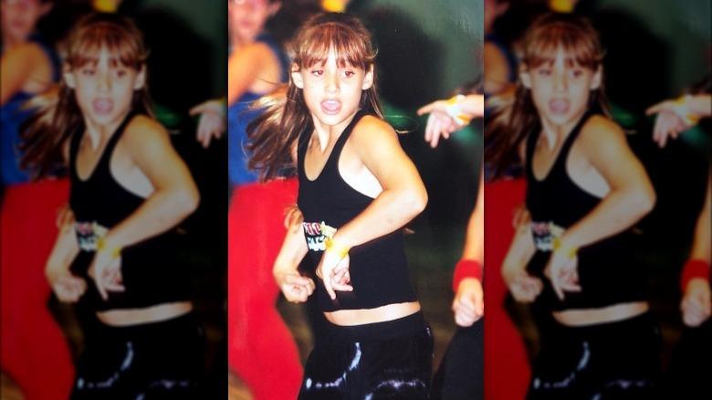 Montana Tucker bailando de niña