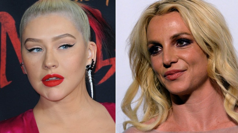 Christina Aguilera posa y Britney Spears sonríe