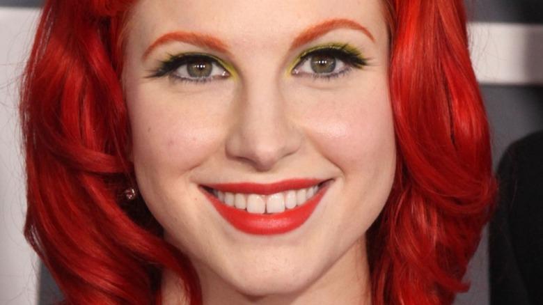 Hayley Williams pelo rojo
