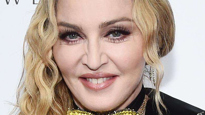 Madonna sonriendo