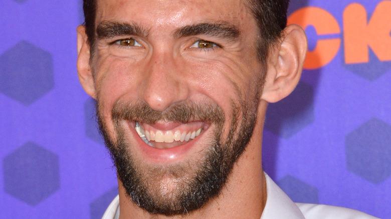 Michael Phelps sonriendo