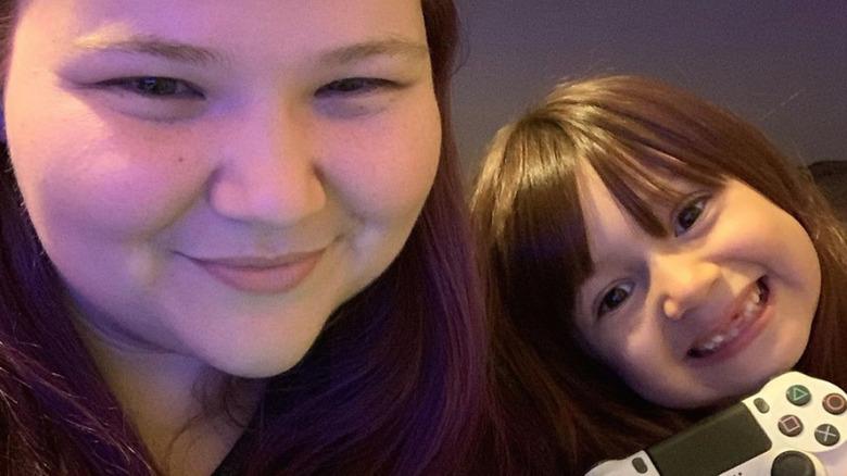 Nicole Nafziger y su hija May