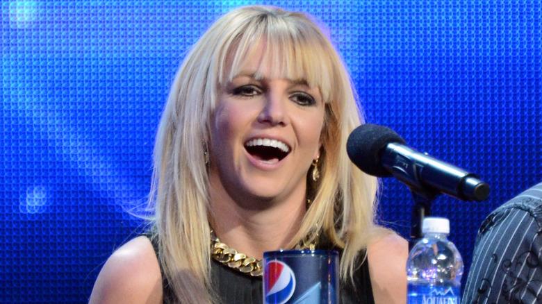 "Britney Spears en el set de ""The X Factor"""