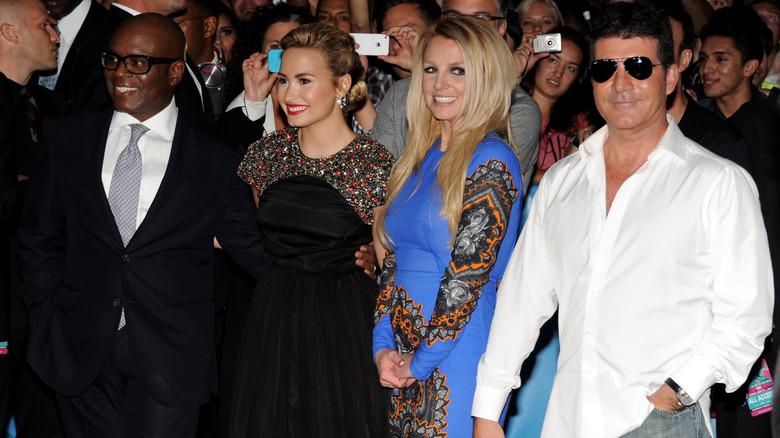 Britney Spears con Demi Lovato, Simon Cowell, LA Read