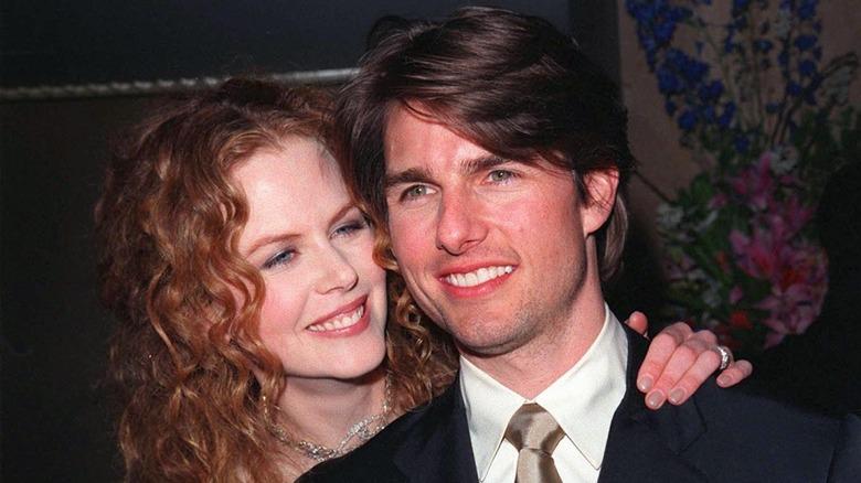 Nicole Kidman y Tom Cruise sonriendo ampliamente