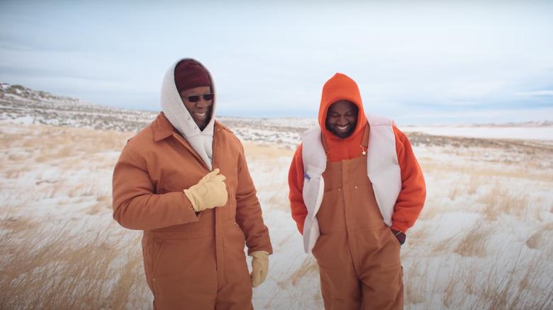 Ray West y Kanye West riendo