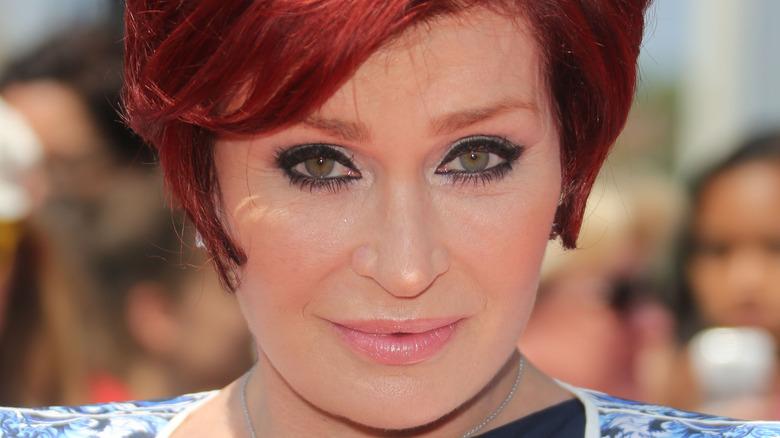 Sharon Osbourne posa en la alfombra roja